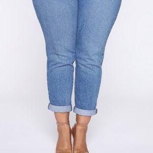Affair Of The Heart Mom Jeans - Medium Blue Wash